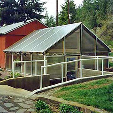 Sunroom w/Polycarbonate Base and Cap System